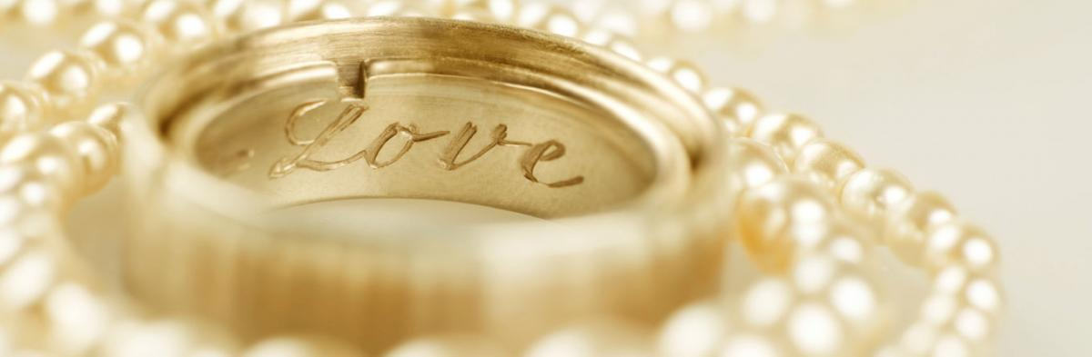 The Complete Guide to the Best Wedding Ring Engravings
