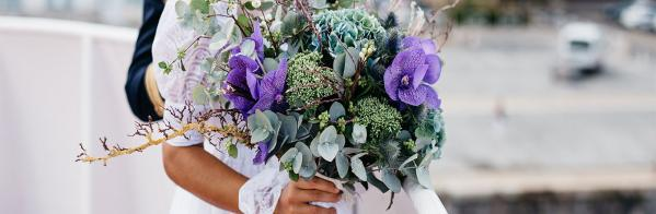 How to Recycle Your Wedding Flowers (& Save Money)